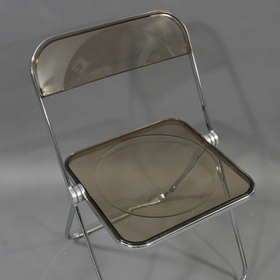 vignette Plia chair by Giancarlo Piretti for Castelli