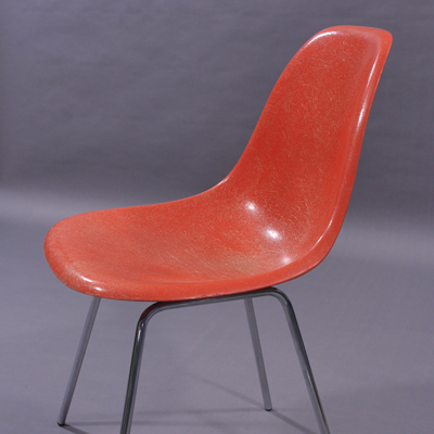 vignette DSX chair by Charles Eames