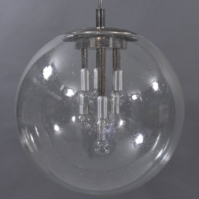 vignette big glass ball hanging lamp