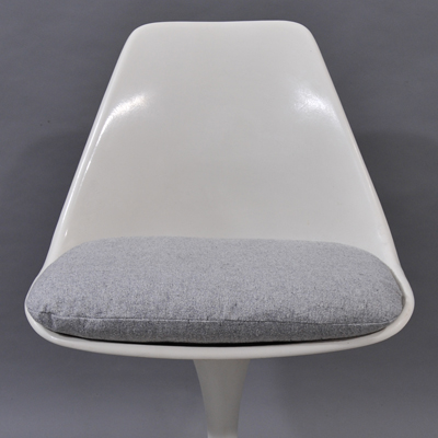 vignette Vintage Arkana white chair
