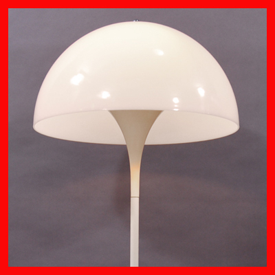 vignette seventies Panthella floor lamp