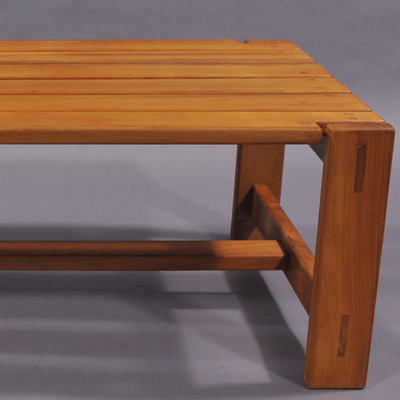 vignette Seventies massive wood coffee table