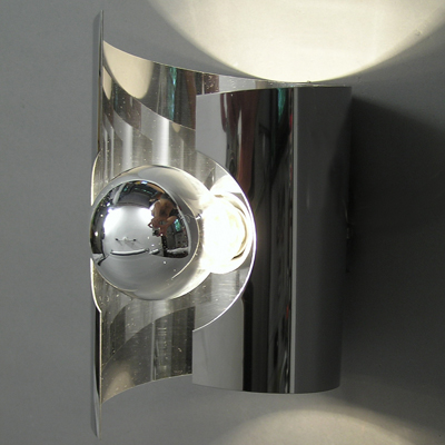 vignette Seventies chrome wall lamp