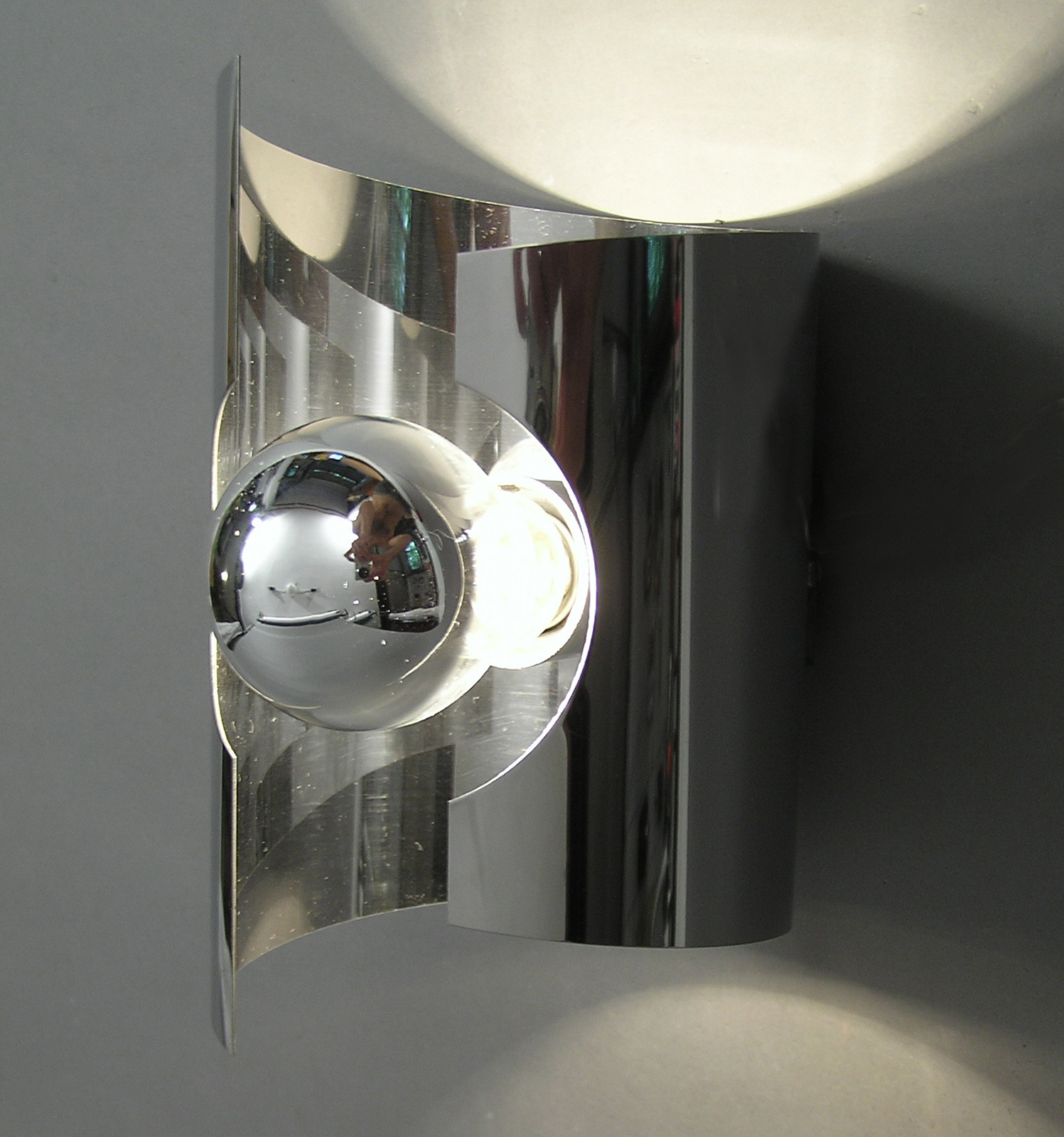 barre de spots des ann es 70 modulolab. Black Bedroom Furniture Sets. Home Design Ideas