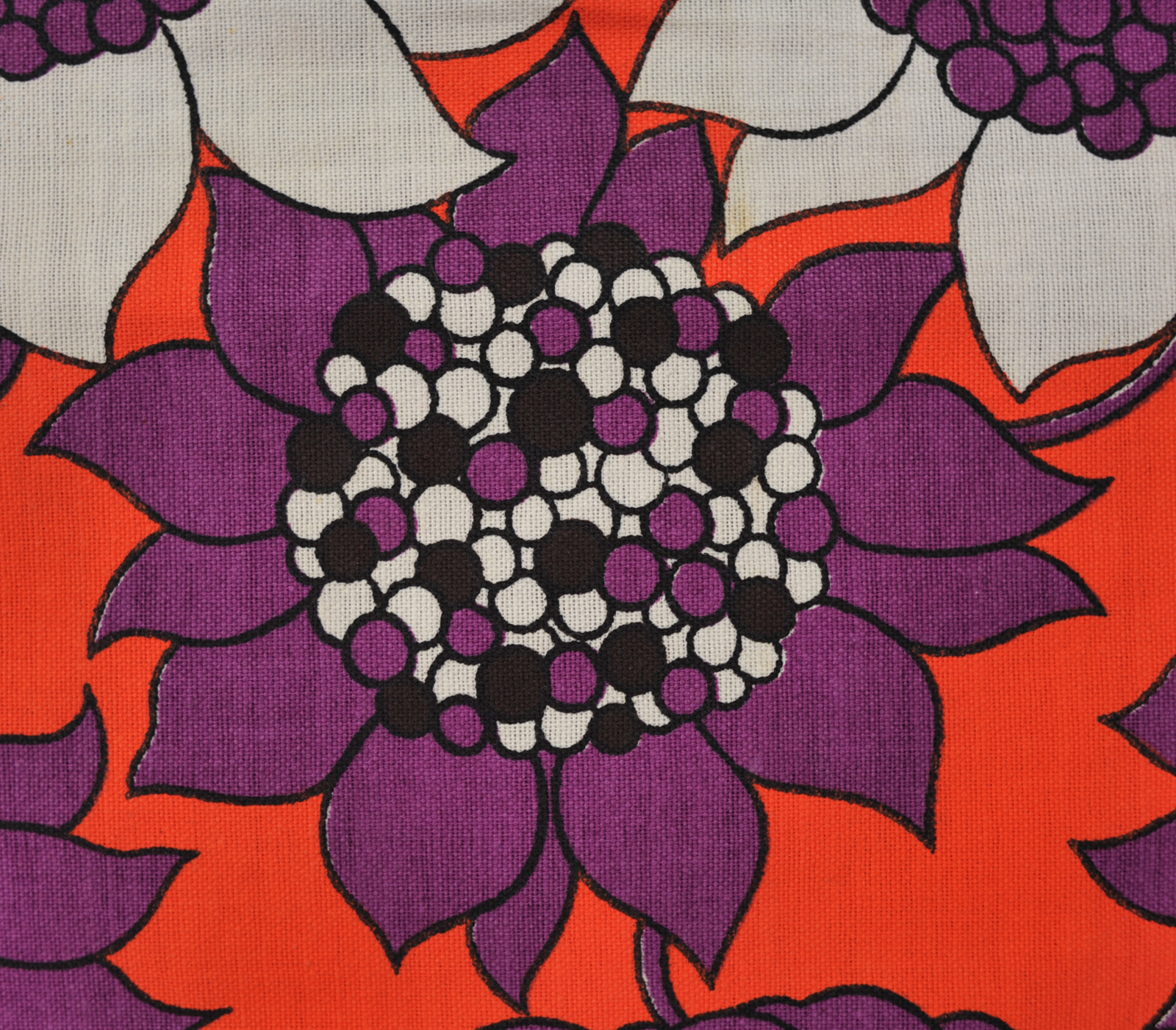 seventies geometric fabric